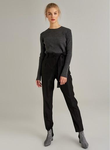 Monamoda Simli Kumaşlı Yüksek Bel Pantolon Siyah